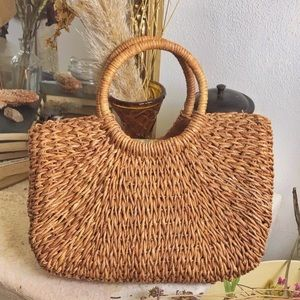 Handbags - Woven Straw Hand Bag